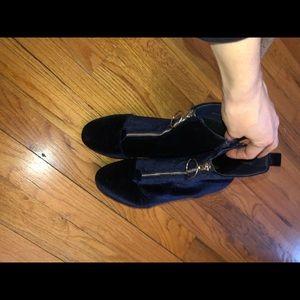 Shoes - Velvet blue boots